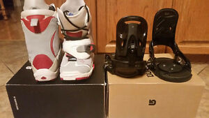 Like NEW Burton Mission Dark SI Step-In Bindings, have boots too
