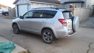 2009 Toyota RAV4 Sport SUV, Crossover with Low KM's