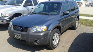 2005 Ford Escape XLT SUV, Safety and ETest Cambridge Kitchener Area image 2