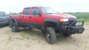 05 GMC 2500HD FOR SALE