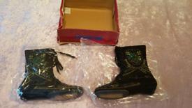 Ladies Vintage embellished black boots size 4 new