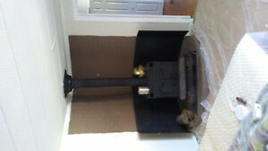 Lakewood woodstove, pipe,heat shield,and base plate - SOLD PPU