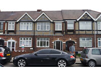 Large Double Room. Clean & Friendly Housemates. All Bills Included.