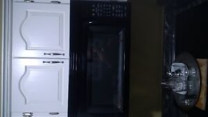 counter top stove, range microwave, ss sink, counter top