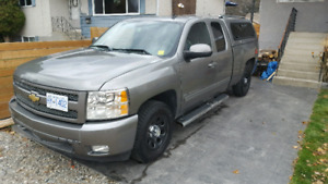 2009 Chevrolet Silverado LTZ 78,000kms original owner