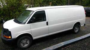 2010 Chevrolet Express allonger