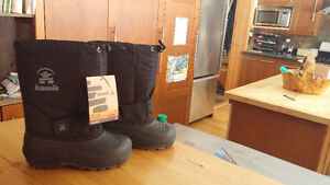 Kamik Rocket Winter Boots (Brand new with tags) Kids size 13