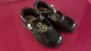 Little Girls Shoes - SIZE 7 and 8 (Toddler)