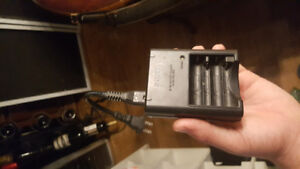 Sony 2 slot     Ni-MH    AA / AAA Battery Charger