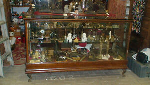 TURNKEY ANTIQUE VENDERS BOOTH $30,000 in inventory