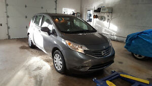 2016 Nissan Versa Note LOW KMS!!!!