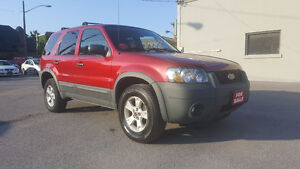 2007 Ford Escape XLT *** CLEAN SUV *** CERTIFIED $4995
