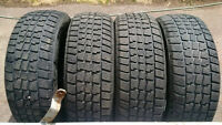P215/60R16 AVALANCHE EXTREME WINTERS ~ FULL SET!!