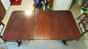 Dinning Table with 2 Chairs London Ontario image 2