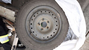 Set of 4 Winter Tires Goodyear Nordic