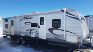 2014 Avenger 30QBS travel trailer