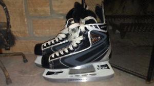 Ccm heat youth hockey skates