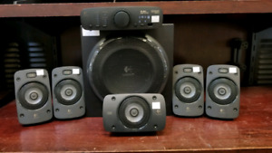 Logitech Z906 5.1 Computer Speakers System