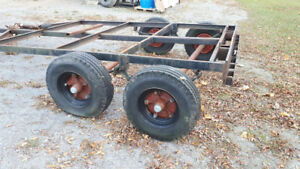 heavy built tandem trailer frame has 2 5000lb axles with brakes