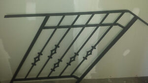 Solid Wrought Iron Metal Railing with Diamond Design
