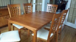 7 Piece Dining Room Set , Solid wood