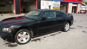 2007 Dodge Charger AWD (tres rare) 5.7 Litres $8000 ou ECHANGE