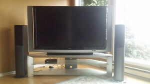 "60"" SONY XDS-R60XBR1 Projection TV"
