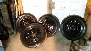 pneu et roue 215/60R17