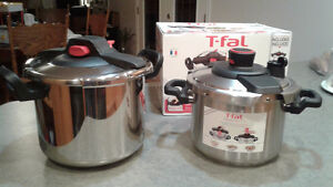 2 New Pressure cookers