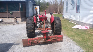Massey Tractor 3 cyl Perkins