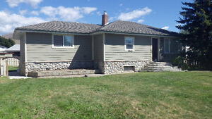 Newly Remodeled 3 Bdr Family Friendly Home