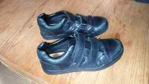Shoes GEOX size 5 boys