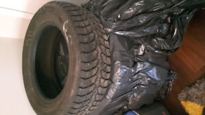 4 barely used winter claw tires
