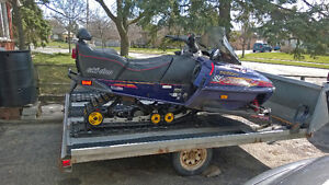 Ski-Doo Formula Z 583 And Double tilt trailer for sale.