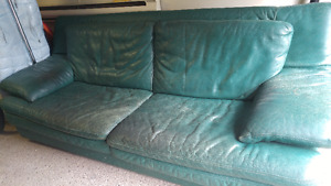 Thomasville leather couch-sturdy and good condition