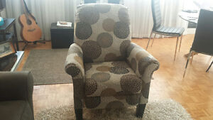 Lovely Like-New LazyBoy Recliner