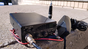 Cobra 19 DX I I 40 channel CBS radio & antenna