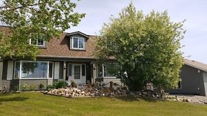 House for Sale on 1.6 Acres in Dawson Creek B.C.