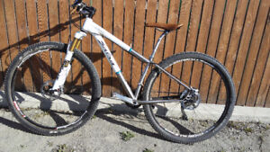 2014 Salsa El Miriachi Mountain Bike