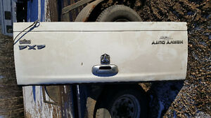 Tailgates 1 for 02 Dodge 3500 4x4 1 for 06