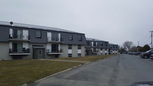 2 Bdrm ALL INCLUSIVE *AMHERSTVIEW*