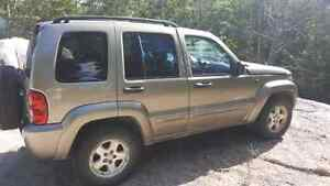 2004 jeep liberty for sale... rolled on side
