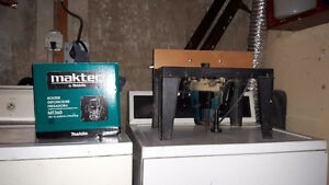 Maktec Router by Makita for sale