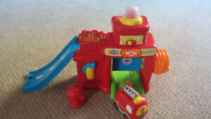 Trucks: Go Go Smart Wheels Fire Station & Little People tractor