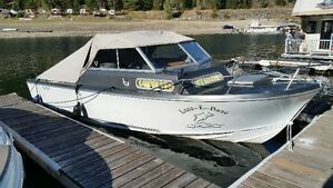 22' Sangster dolphin day boat