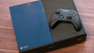 500GB XBOX ONE INCLUDES HOOK-UPS AND CONTROLLER