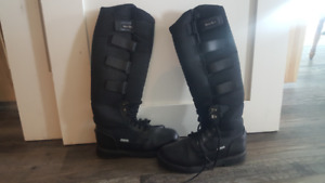 Women's Winter Horse Riding Boots (Size 8)