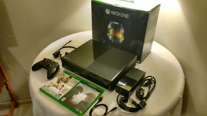 XBOX ONE BUNDLE! 2 GAMES| HEADSET| CONTROLLER!