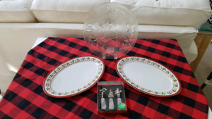 Christmas Table Service (6 items)