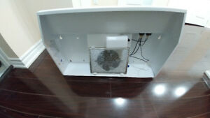 White Exhaust Range Hood
